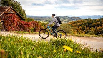 Z uspešnim sodelovanjem z LAS Dolenjska in Bela krajina do nove postaje za izposojo koles