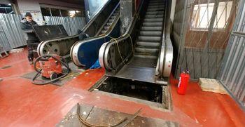 V Plavi laguni bomo zamenjali tekoče stopnice