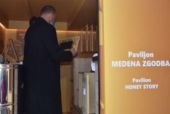 Čebelarska zveza Slovenije z novo Medeno zgodbo