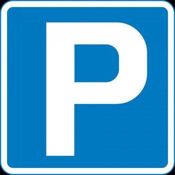 Z gradnjo garažnih hiš bi rešili problem parkiranja in razširili zelene parkovne površine