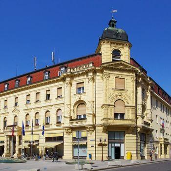 Podžupanja Breda Arnšek podelila sejemska priznanja Mestne občine Celje