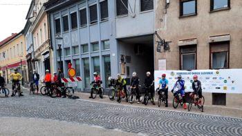 Uspešen začetek vožnje kolesarjev v okviru dogodka Dobrodelno okrog Slovenije