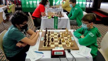 Šahovsko društvo Krka gostilo ekipno državno prvenstvo do 16 let na Otočcu