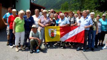 Društvo upokojencev Prečna na strokovni ekskurziji v Idriji in Bolnici Franja