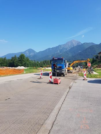 Dela na državni cesti v Tupaličah