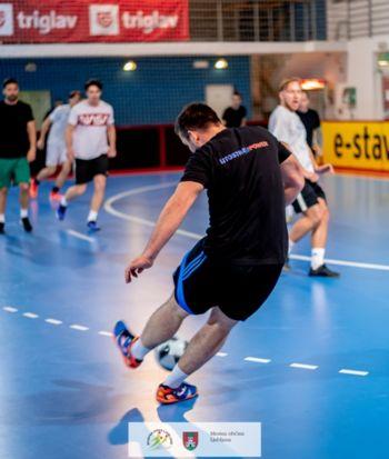 Liga v dvoranskem nogometu za pokal Športne zveze Ljubljane 2021/2021