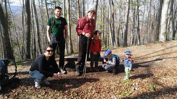 Družinski izlet na kočo pri Sv. Ani na Mali gori