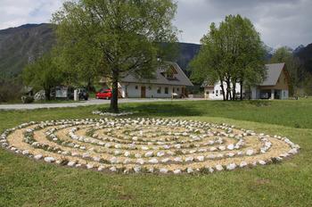 Februarsko dogajanje v centru Triglavskega narodnega parka Bohinj