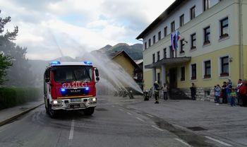 Bistriški gasilci prejeli novo gasilsko vozilo
