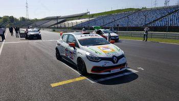 Vrhniški avtomobilist uspešen na prvi dirki sezone krožnih dirk
