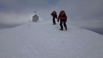 Gorski reševalci GRS Maribor Reševalne skupine Slovenj Gradec opravili zimski kondicijski trening