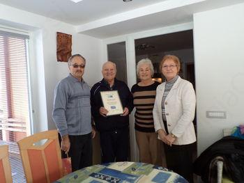 Organiziranje srečanj in obiskov za težke in nepokretne invalide ter nudenje neposrednih pomoči