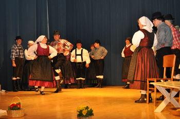 S polhograjskimi folkloristi na vel'k pondel'k
