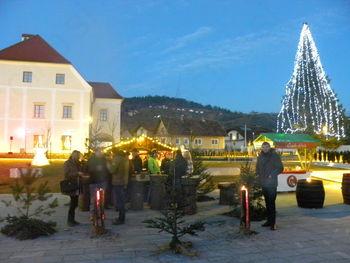Lovci na božično novoletnem dogajanju v Oplotnici