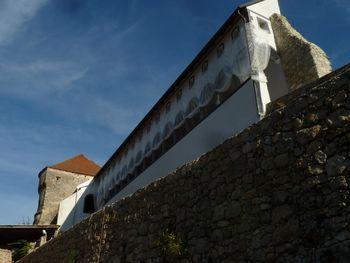Vedno več obnovljenih zidov gradu Lemberg