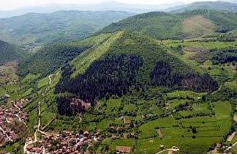 DUHOVNO potovanje in ogled Bosanskih piramid