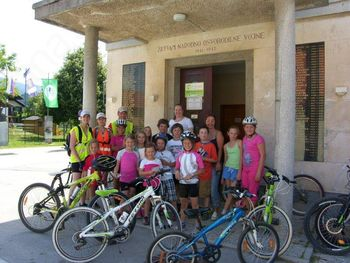 Obisk otrok s turistične kmetije Weiss