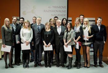 Trimove raziskovalne nagradeza 16 vizionarskih rešitev mladih