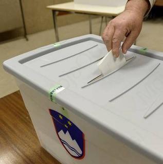Na Vrhniki 14,66 % udeležba referenduma