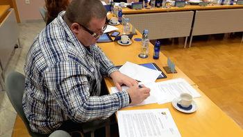 Podpisan kodeks ravnanja izvoljenih predstavnikov na lokalni ravni