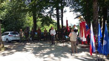 Tovariško srečanje članov in simpatizerjev združenj borcev za vrednote NOB, Dolenjske in Bele krajine na Debencu