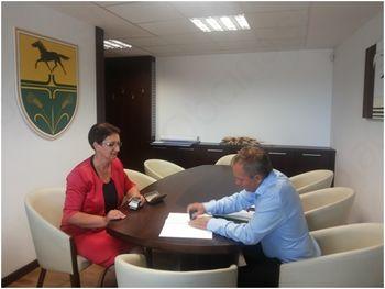 Podpis pogodbe - rekonstrukcija ceste in izgradnja fekalne kanalizacije v Lukavcih