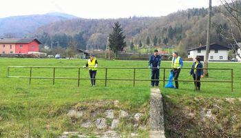 110 Borovničanov je vestno očistilo okolico