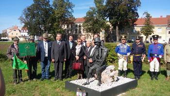 V Karlovcu odkrili spomenik vojakom 96. pehotnega polka