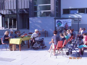 Poletni poetski popoldan v Črni