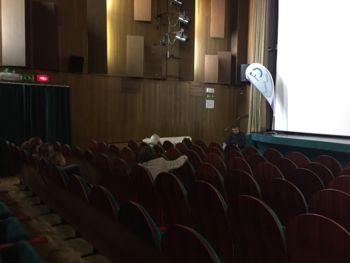 Dokumentarni film »Lastovke letajo nizko«