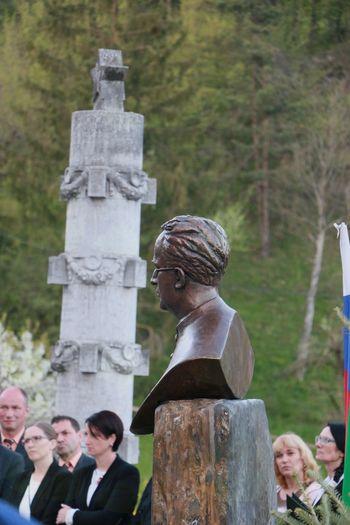 Odkritje spomenika -  Jakob Trobec je bolj znan v Ameriki!