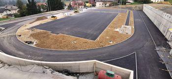 Šolsko igrišče še zmeraj gradbišče
