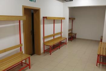 Zaključena je prva faza prenove garderob v telovadnici Kobarid
