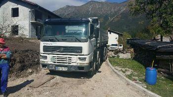 Zamenjava vodovoda in preplastitev lokalne ceste v Breginju