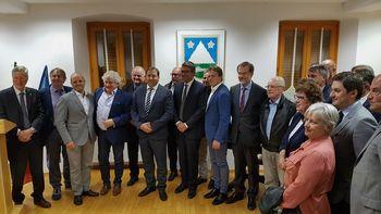 Čezmejna razvojna strategija - spodbujanje teritorialnega razvoja in interesov prebivalcev med občinami