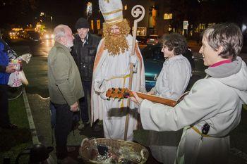 Obisk sv. Miklavža pri brezdomcih v Novi Gorici