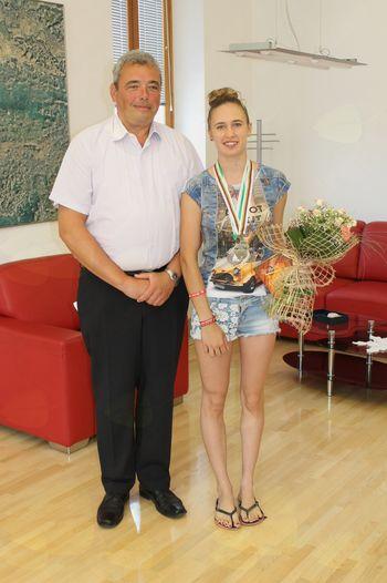 Svetovna podprvakinja Ines Frančeškin iz Kostanjevice na Krasu na sprejemu pri županu