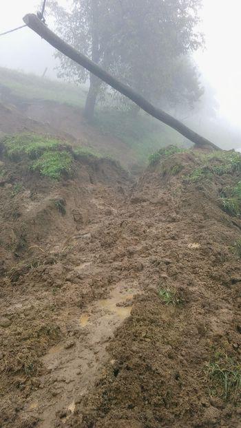 Močno deževje povzročilo precejšnjo materialno škodo