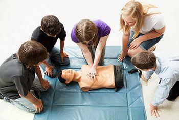 Lepo vabljeni na izobraževanja o temeljnih postopkih oživljanja in uporabi defibrilatorja