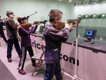 Medobčinsko tekmovanje osnovnih šol v streljanju s serijsko zračno puško