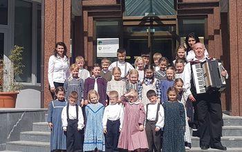 Otroška folklorna skupina Vrtec Cirkovce nastopila na državni reviji Pika poka