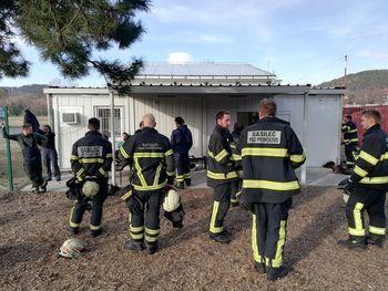 Uspešno s tečaja gašenja notranjih požarov