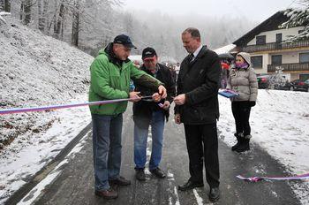 Nov asfalt v občini