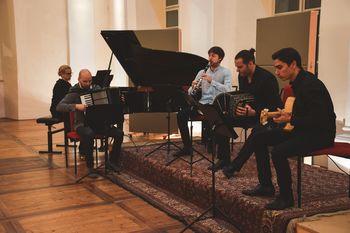 Koncert učiteljev Glasbene šole Radovljica  - ODPADE!