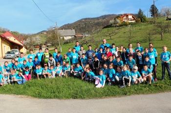 Prvenstvo Slovenije v gorskih tekih za štafete Tek trojk v Socki