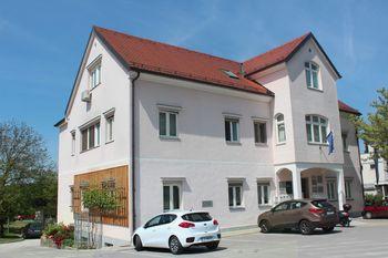 Obvestilo o spremenjenih uradnih urah v pisarni UE Celje v prostorih Agencije na Ljubečni; št. ( 091 - 12 / 2017, 88 )