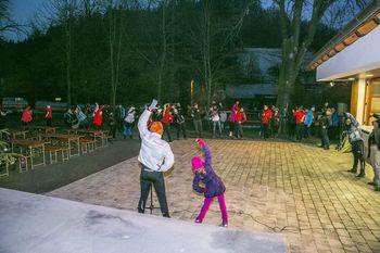 Novoletni nočni pohod »Po poteh grajskih pravljic« mimo gradu Lindek