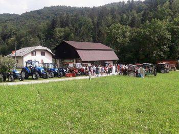 Blagoslov traktorjev v Rovah