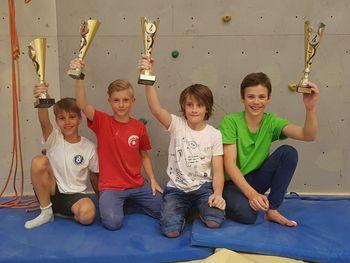 Mladi vojniški plezalci med najboljšimi v državi