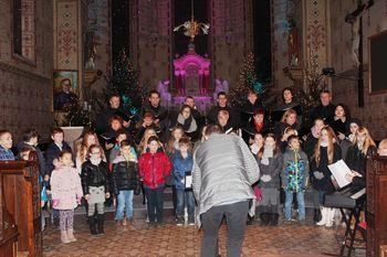 Na koncertu Otroško-mladinskega pevskega zbora Hozana